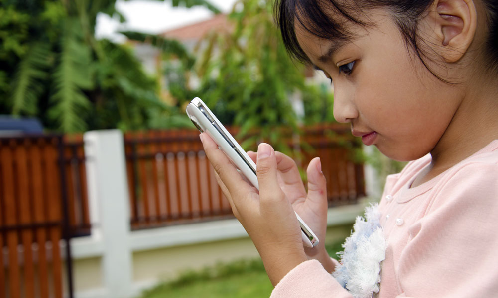 risks of using internet for childrens