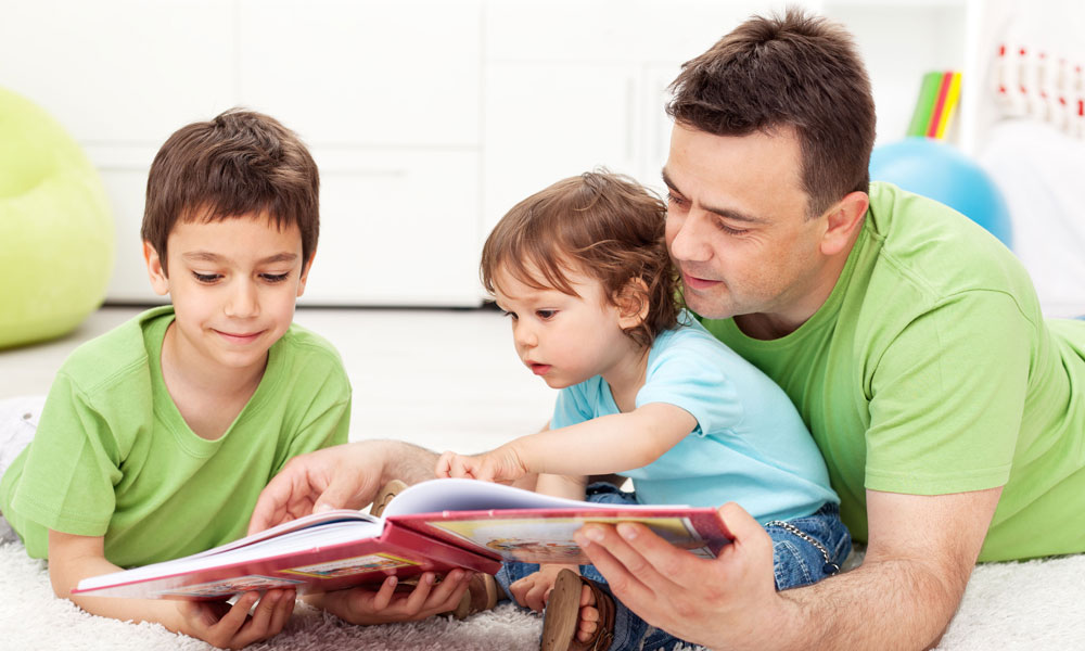 reading children stock image