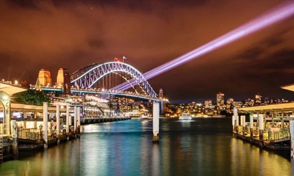 Sydney-Harbour-Bridge-at-night