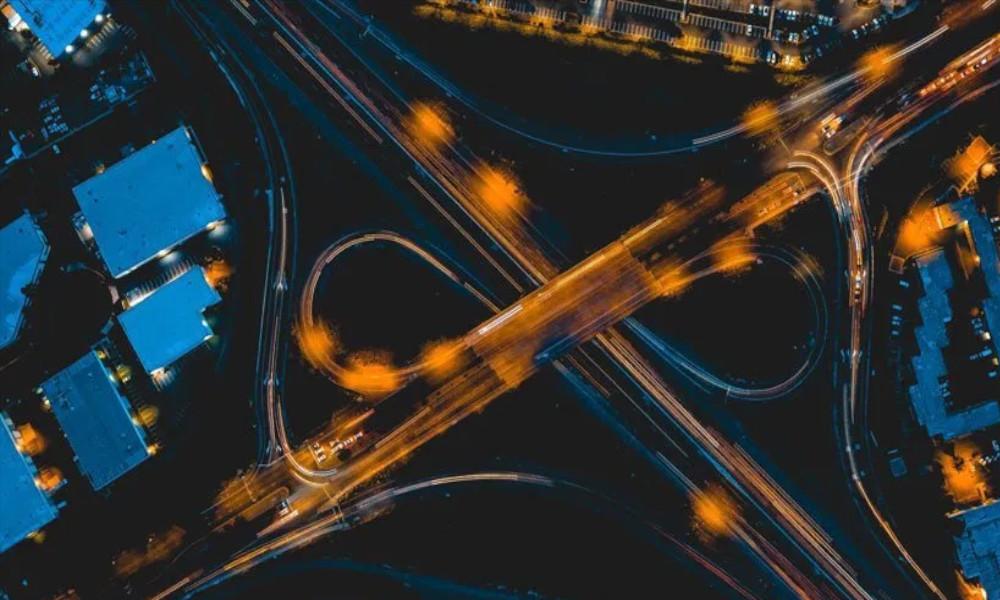 light-tracing-traffic